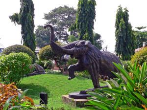 Grand Hotel Ltd in Asaba, Nigeria - Lets Book Hotel