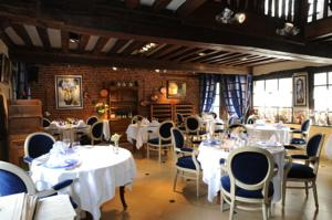 Les hauts de montreuil le patio in montreuil sur mer france best rates guaranteed lets - Restaurant le patio montreuil sur mer ...