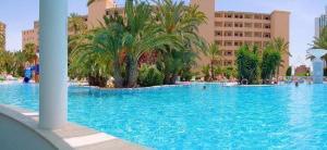 Magic tropical splash in benidorm spain best rates - Apartamentos magic monika holidays ...