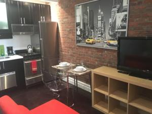 2 Bedroom Apt In Hells 39 Kitchen In New York Usa Best Rates Guaranteed Lets Book Hotel