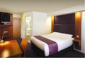 Premier Inn Inverness Centre (River Ness) photo