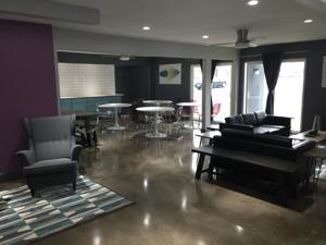 the highlander hotel in austin usa best rates. Black Bedroom Furniture Sets. Home Design Ideas