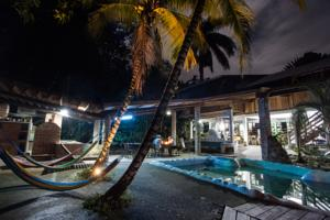 Omega Tours Eco Jungle Lodge In La Ceiba Honduras Lets Book Hotel