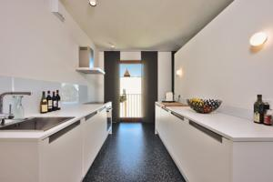 grossz giges loft mit blick ber berlin in berlin germany best rates guaranteed. Black Bedroom Furniture Sets. Home Design Ideas