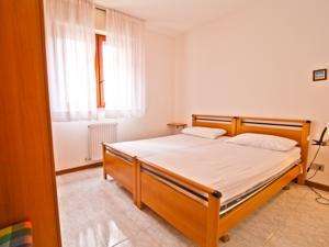 Magnolia 12 in grado italy best rates guaranteed lets for Hotel euro meuble grado