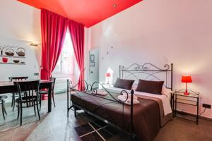 Romantic Vatican Rooms Guesthouse