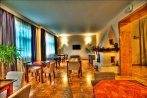 Apart Hotel Vlad Tepes photo