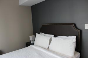 Atlas Suites Furnished Apartment - Yonge Street, Downtown Toronto