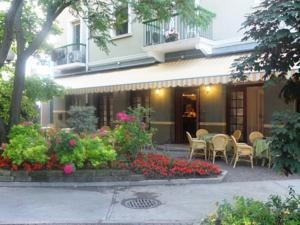 Hotel milano in grado italy best rates guaranteed for Hotel euro meuble grado