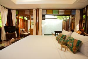 Chaweng Garden Beach Resort