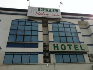 Free Wi Fi Is Provided Throughout The Hotel It Located Opposite Econsave Supermarket And Tesco Malim Inn 3 Km From Melaka