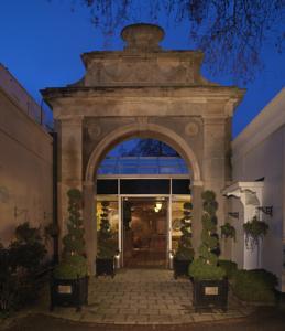 sopwell house hotel in saint albans uk best rates. Black Bedroom Furniture Sets. Home Design Ideas