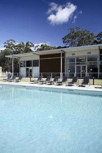 Griffith university village in gold coast australia best rates guaranteed lets book hotel for Griffith university gold coast swimming pool