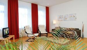 aparthotel am zwinger in dresden germany lets book hotel. Black Bedroom Furniture Sets. Home Design Ideas