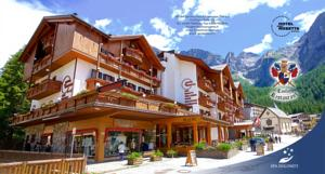 Hotel Cima Rosetta Wellness Spa In San Martino Di Castrozza Italy Lets Book Hotel