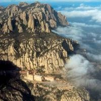 Montserrat, Gaudi and Modernism Small Group Day Trip from Barcelona